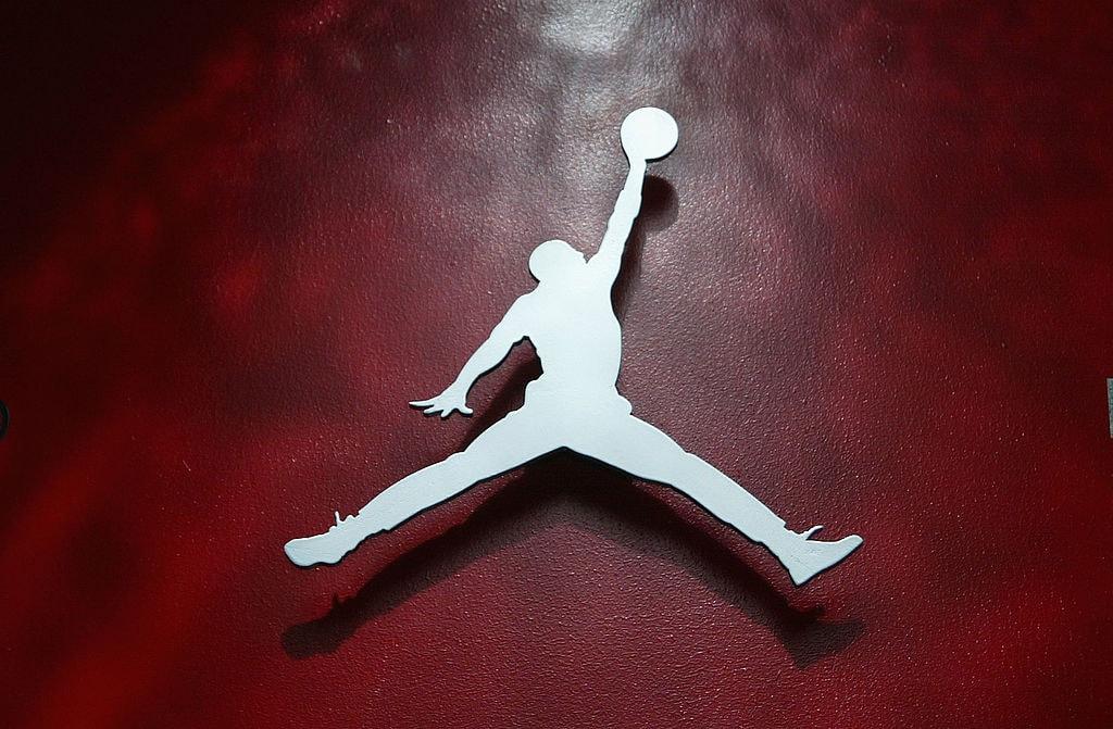 7d620ebdb87a Air Jordan 1