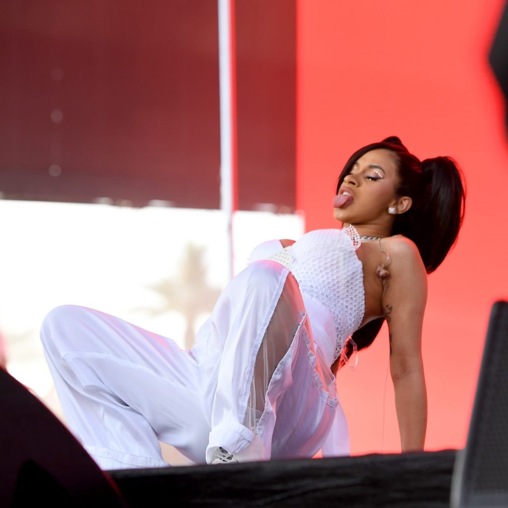 Cardi B Coachella: Cardi B SHOCKED Fans At Coachella With Pregnant Twerking